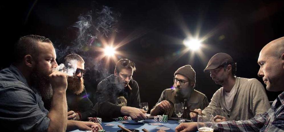wie geht poker spielen anleitung