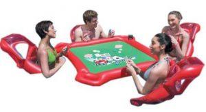 Aufblasbarer Pokertisch für den Pool